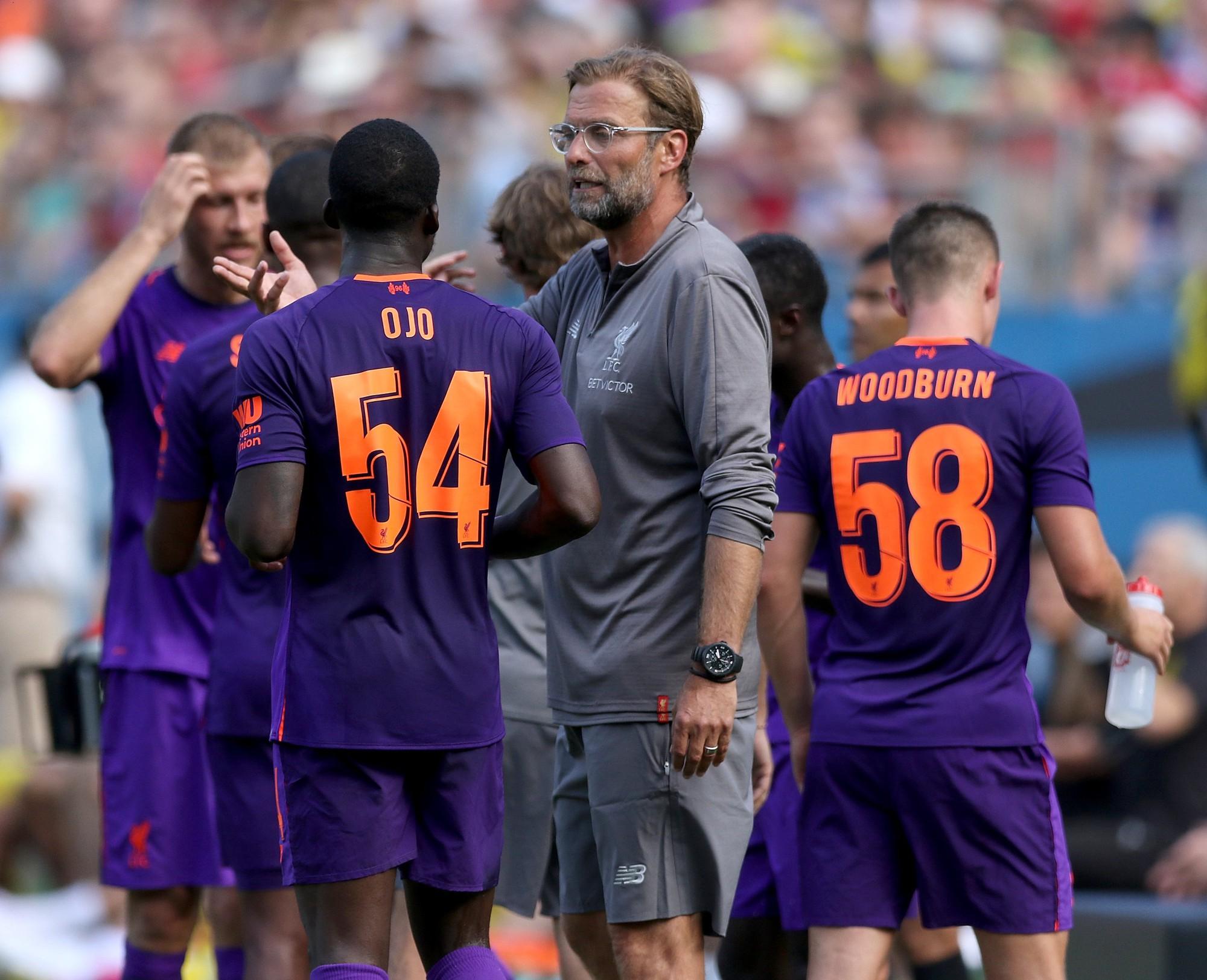 Man United nội chiến: Hãy làm việc cho tốt đã, Mourinho! - Ảnh 1.
