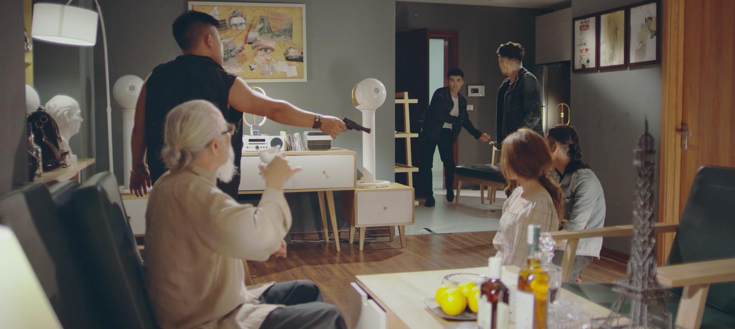 MV mới của Will gây hụt hẫng vì không máu me như poster giới thiệu - Ảnh 7.