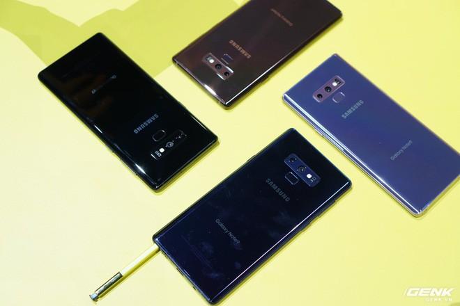 Ảnh thực tế Galaxy Note 9 vừa mới ra mắt: Có những gì đỉnh hơn người tiền nhiệm Note 8? - Ảnh 19.