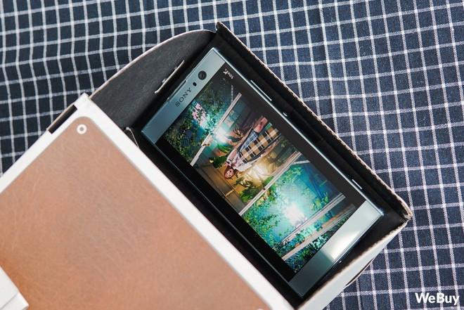 Dùng thử máy chiếu mini cho smartphone giá 150.000 đồng: Có đáng để bạn ở nhà xem phim, khỏi cần ra rạp? - Ảnh 9.