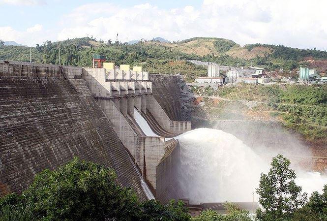 Quảng Nam họp nóng về an toàn hồ đập thủy điện - Ảnh 1.