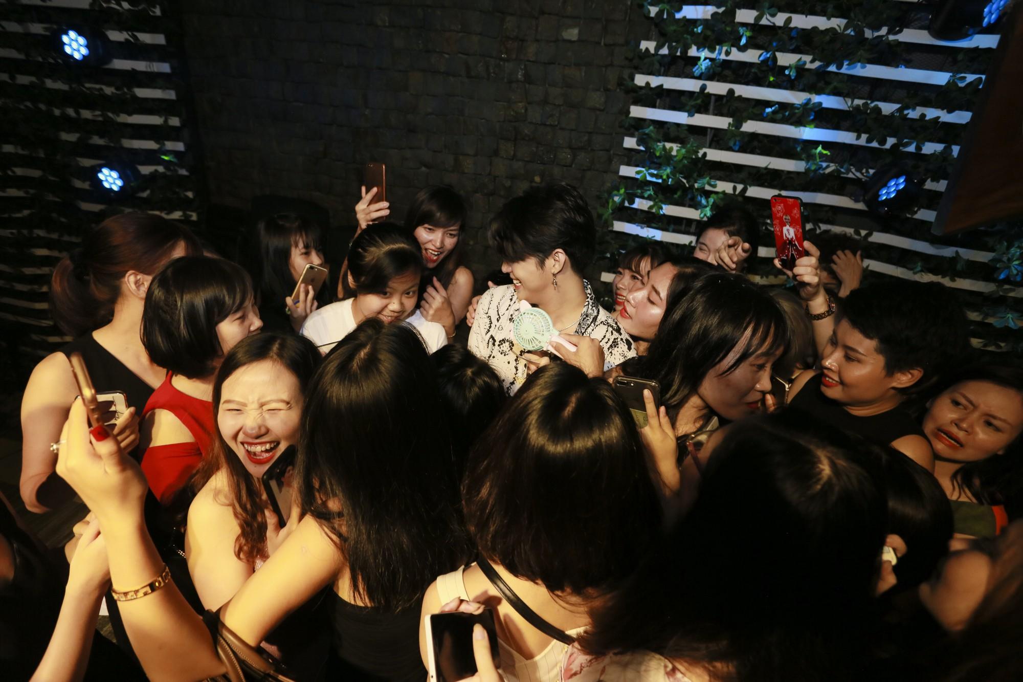 """Noo Phước Thịnh úp mở kế hoạch kỉ niệm 10 năm ca hát, cùng học trò """"The Voice 2018"""" bùng nổ trong đêm nhạc ở thủ đô - Ảnh 12."""