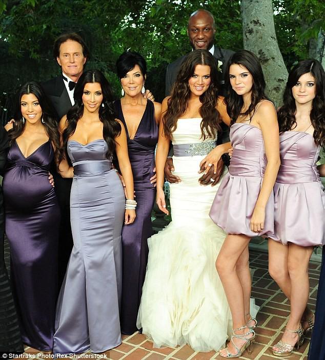 5 sự thay đổi cho thấy Kylie Jenner từ người đẹp thị phi trở nên ngoan hiền hơn khi yêu và lên chức mẹ - Ảnh 2.
