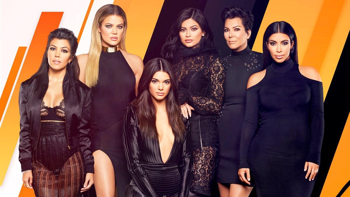 5 sự thay đổi cho thấy Kylie Jenner từ người đẹp thị phi trở nên ngoan hiền hơn khi yêu và lên chức mẹ - Ảnh 3.