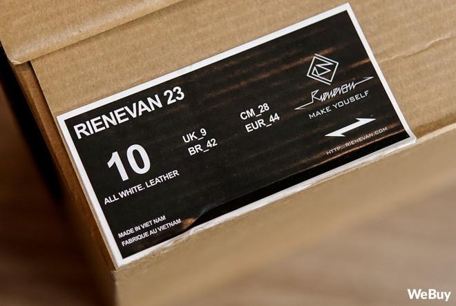Sau 2 năm, mẫu giày thương hiệu Việt do 9x Đà Nẵng tự thiết kế & sản xuất đã thay đổi như thế nào? - Ảnh 3.