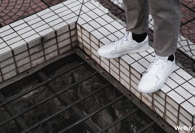 Sau 2 năm, mẫu giày thương hiệu Việt do 9x Đà Nẵng tự thiết kế & sản xuất đã thay đổi như thế nào? - Ảnh 23.