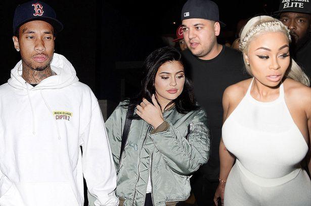 5 sự thay đổi cho thấy Kylie Jenner từ người đẹp thị phi trở nên ngoan hiền hơn khi yêu và lên chức mẹ - Ảnh 9.