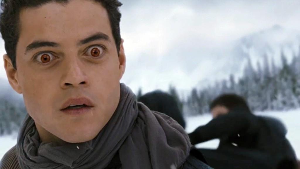 Dù là ma cà rồng nhưng anh cũng không được đẹp như đồng nghiệp mà toàn sinh ra những biểu cảm thế này