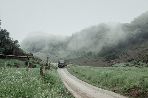 Vùng núi phía Bắc - mảnh đất đầy bí ẩn và mê hoặc chưa bao giờ thôi khiến các tín đồ du lịch cuồng chân - Ảnh 1.