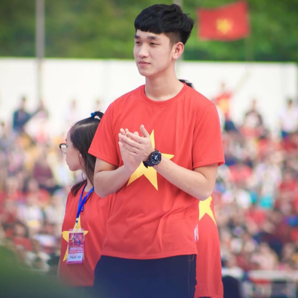 Visual điển trai của tuyển U23 Việt Nam Trọng Đại bất ngờ đăng ảnh công khai bên cạnh bạn gái tin đồn - Ảnh 1.