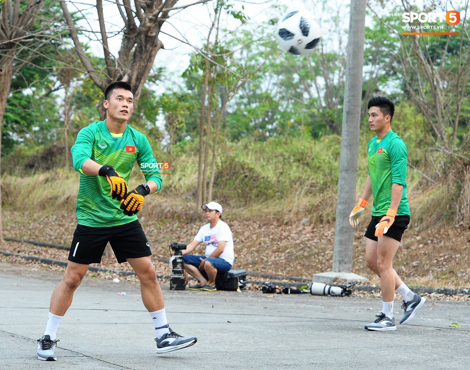 Indonesia lên tiếng sau sự cố Olympic Việt Nam phải tập trên sân bê tông - Ảnh 2.