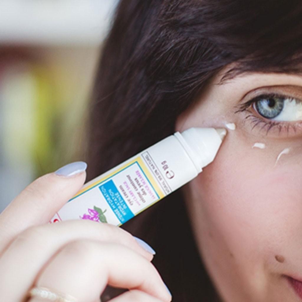 Tường tận từng bước chăm sóc cùng sản phẩm dưỡng da mỗi tối mà bạn nên học theo - Ảnh 20.