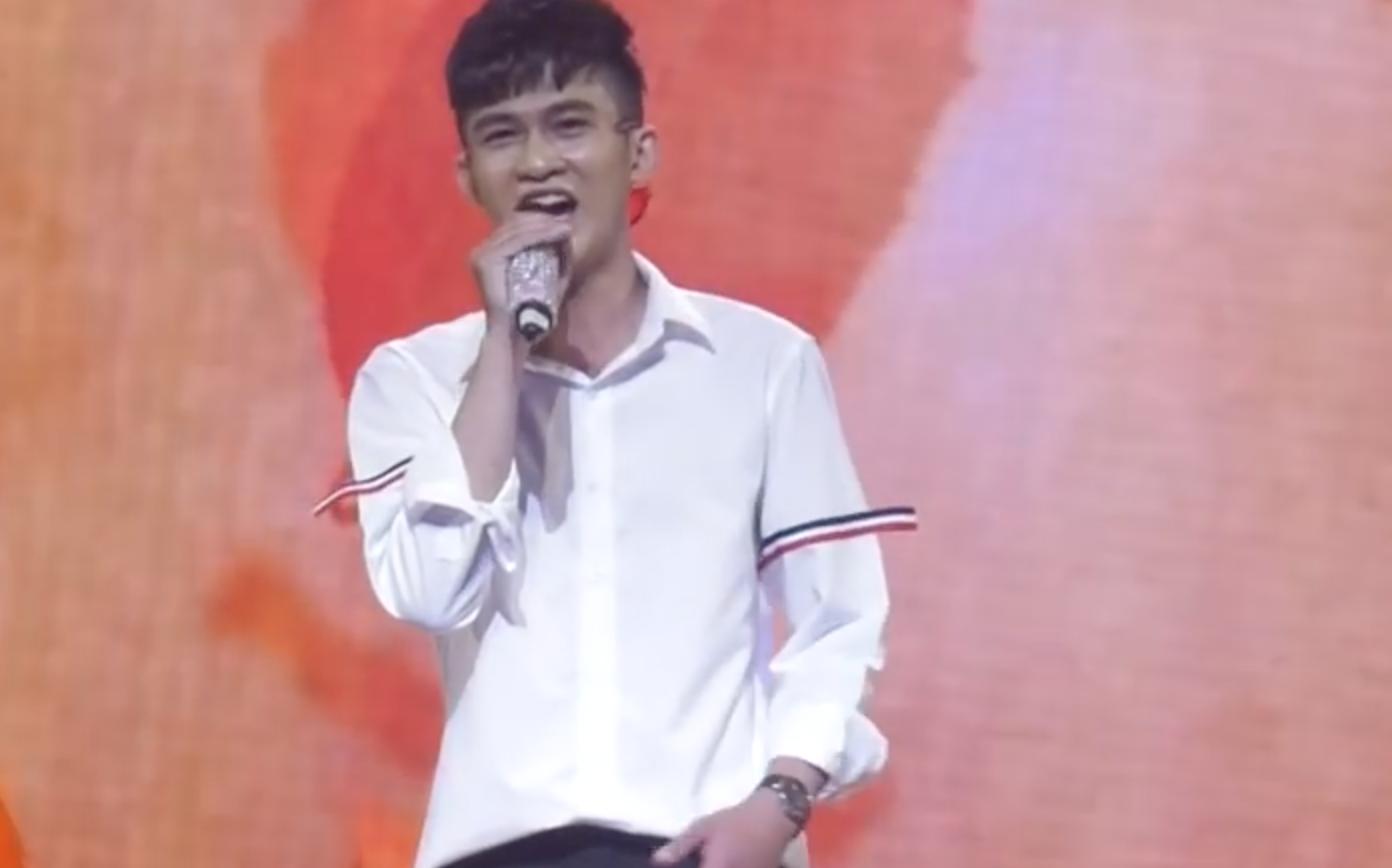 Giọng ải giọng ai: Trấn Thành trìu mến dõi theo màn song ca của Hari Won với thí sinh hát hay - Ảnh 14.