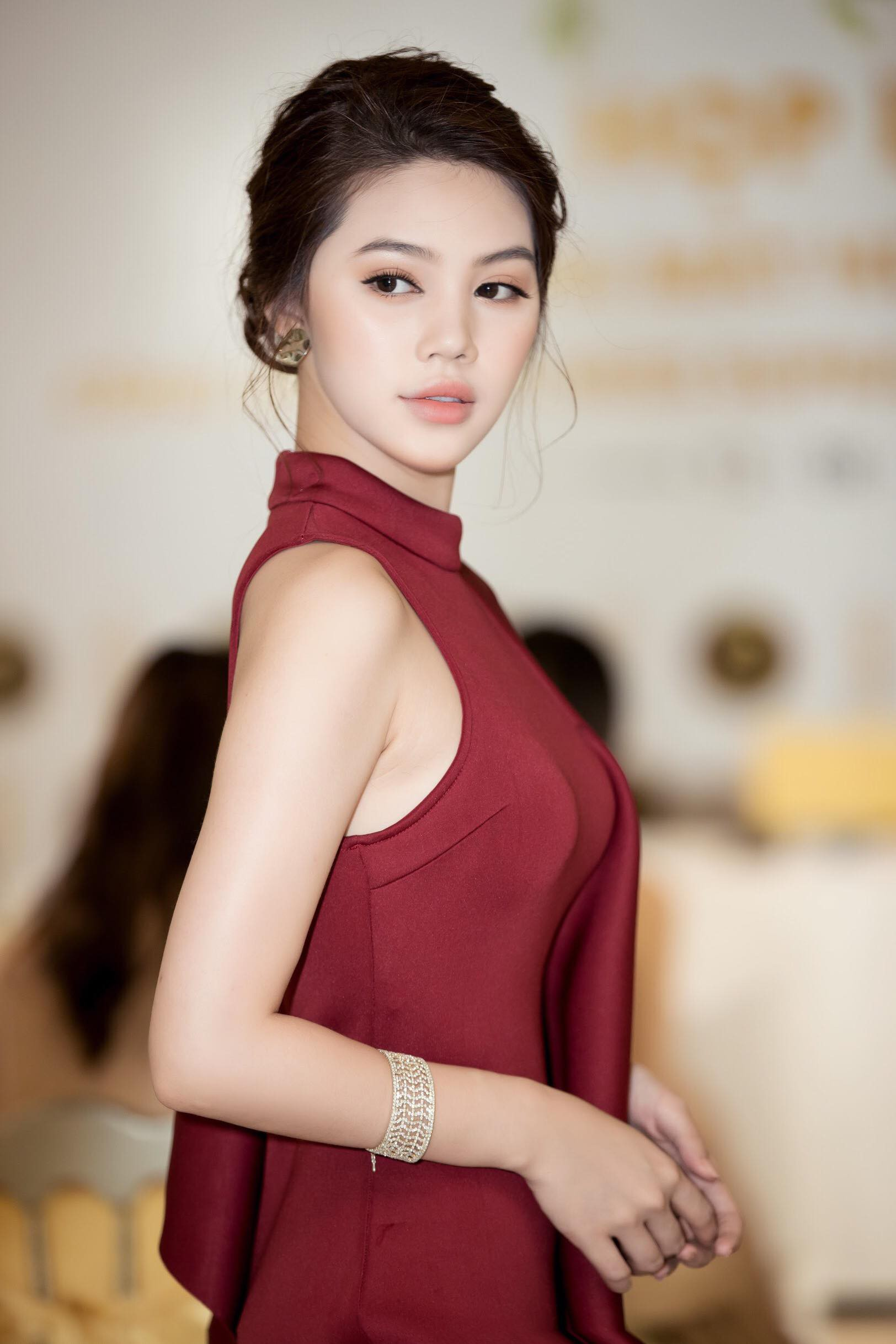 Không ngoài dự đoán, Trương Mỹ Nhân và Ngọc Châu Next Top thẳng tiến vào Top 15 Miss Supranational Vietnam 2018 - Ảnh 20.