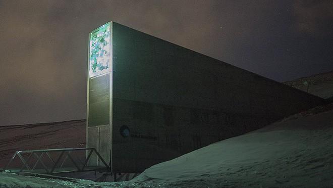 19 địa điểm bí ẩn và đáng sợ nhất trên thế giới - Ảnh 1.