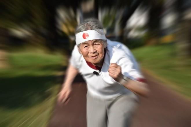 Cụ bà Nhật 90 tuổi tiếp tục chinh phục Internet bằng niềm vui sống mỗi ngày qua nhiếp ảnh - Ảnh 14.