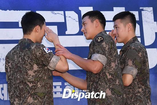Để mặt mộc dự sự kiện quân đội, Ji Chang Wook gây xôn xao vì đẹp trai đến mức biến nam idol Kpop thành bạch tuộc - Ảnh 7.