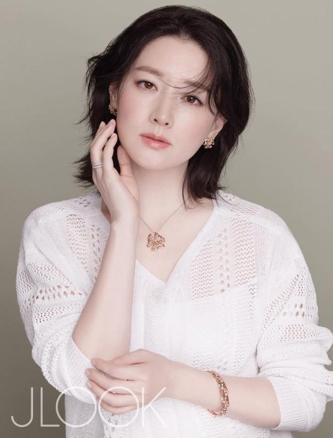 Nhận vai bom tấn gần cả năm trời, nàng Dae Jang Geum chính thức lật cả đoàn làm phim vì lí do này - Ảnh 1.