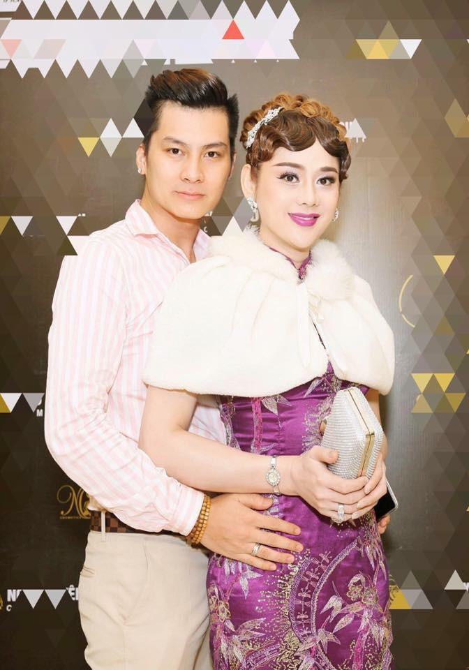 Hơn nửa năm sau đám cưới, Lâm Khánh Chi sang Thái Lan tìm người mang thai hộ - Ảnh 1.