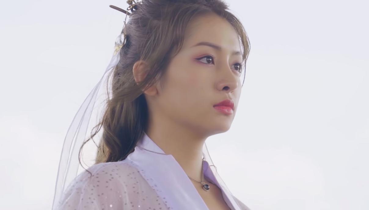 Nữ chính Nguyên Yunie khiến khán giả rung động bởi vẻ ngoài xinh đẹp của mình