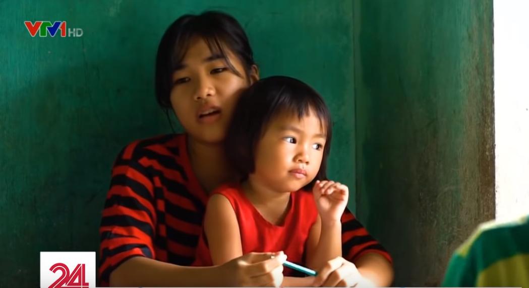 Lớp học hạnh phúc của thầy giáo nghèo ở Thừa Thiên Huế: Đôi chân không lành lặn dẫn bước những đứa trẻ vào đời - Ảnh 8.