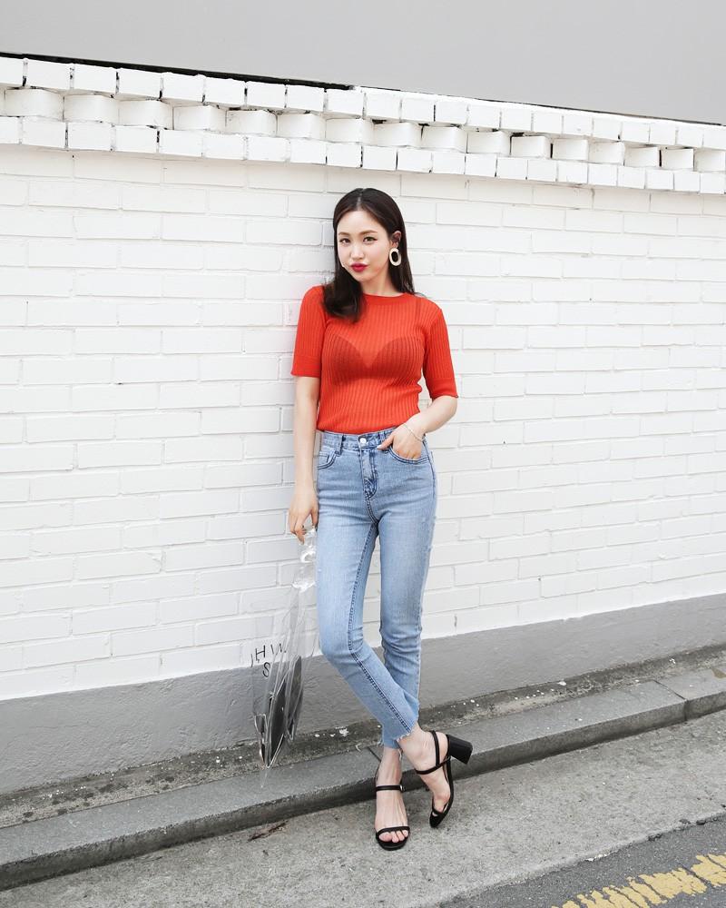 Tuân theo tiêu chí này, bạn mặc skinny jeans không những đẹp mà chẳng sợ ai chê quê mùa - Ảnh 2.