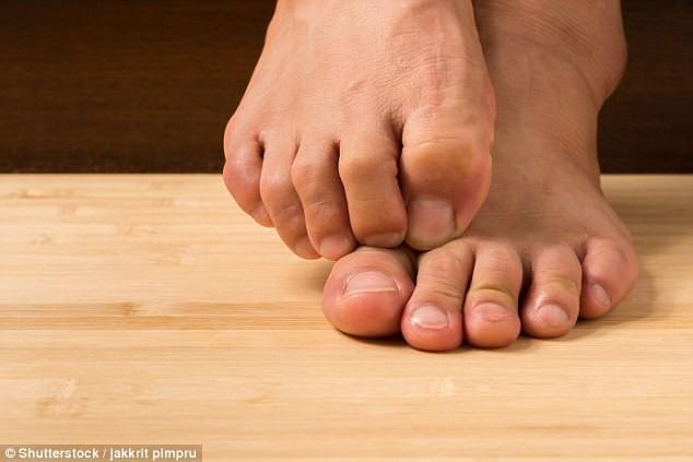 Ngón chân cái to hơn và bí mật về quá trình tiến hóa của con người - Ảnh 2.