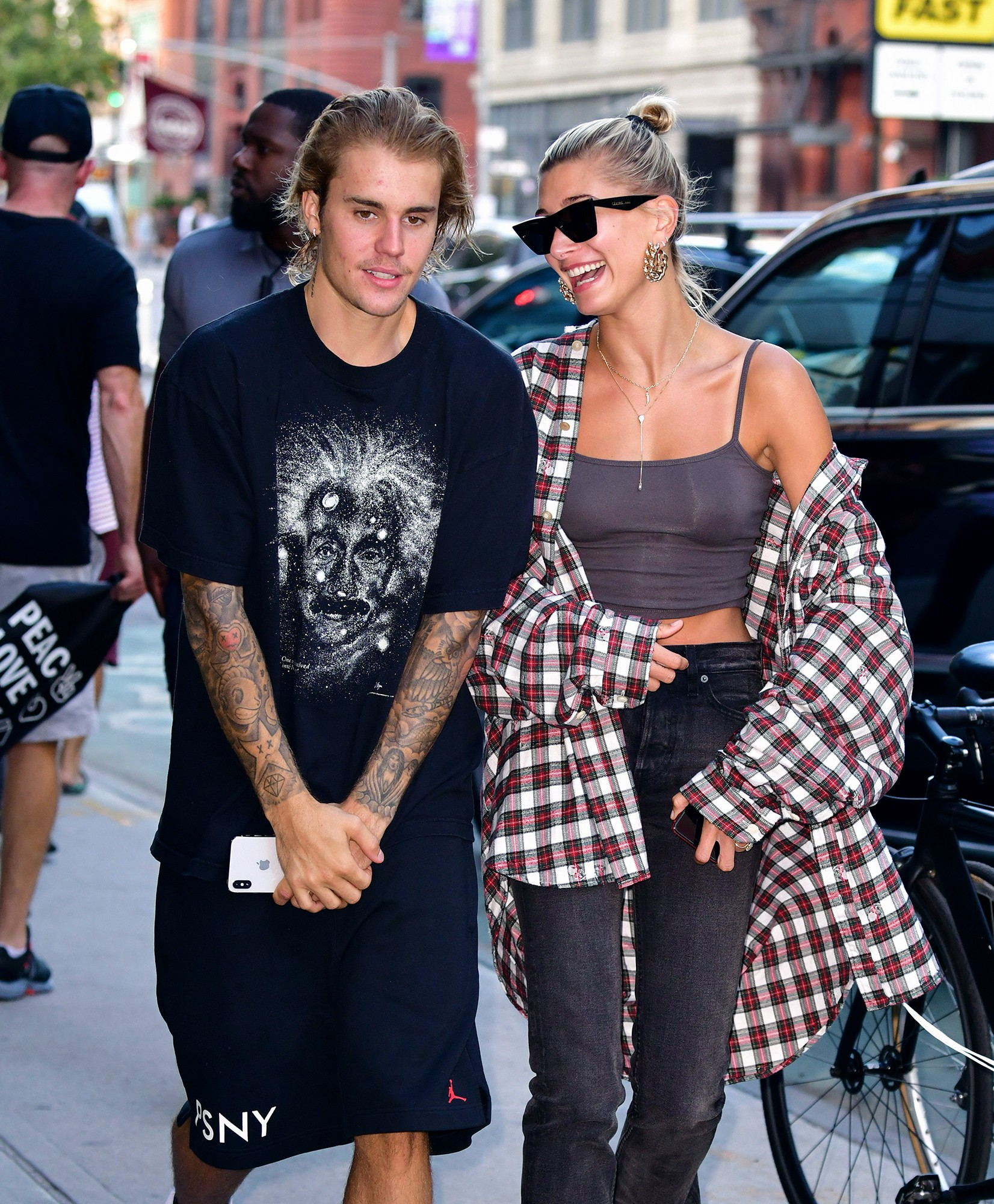Justin Bieber - Hailey Baldwin Di M Ci V L Do Ny-8142