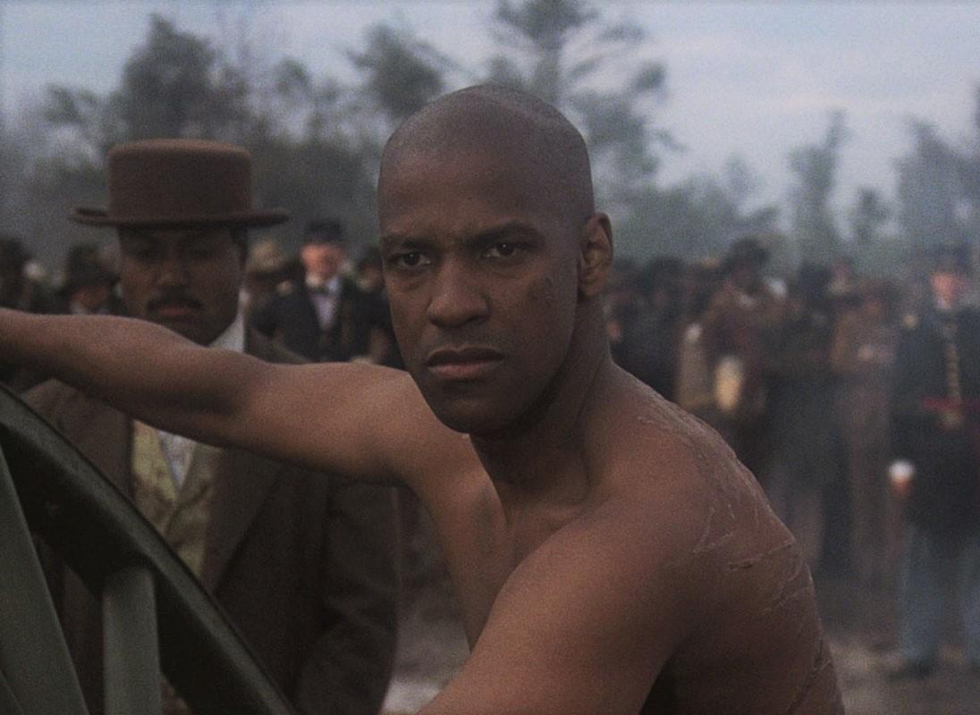 "Denzel trong ""Glory"" (1989)"