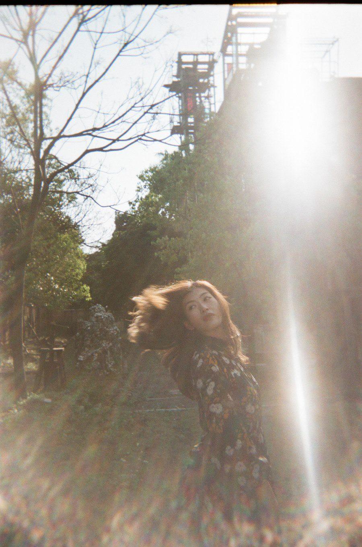 Bộ ảnh chứng minh: Chỉ cần có nắng đẹp, mọi cô gái đều biến thành nữ thần! - Ảnh 5. Bộ ảnh chân dung chứng minh chỉ cần có nắng cô gái nào cũng trở thành nữ thần!!