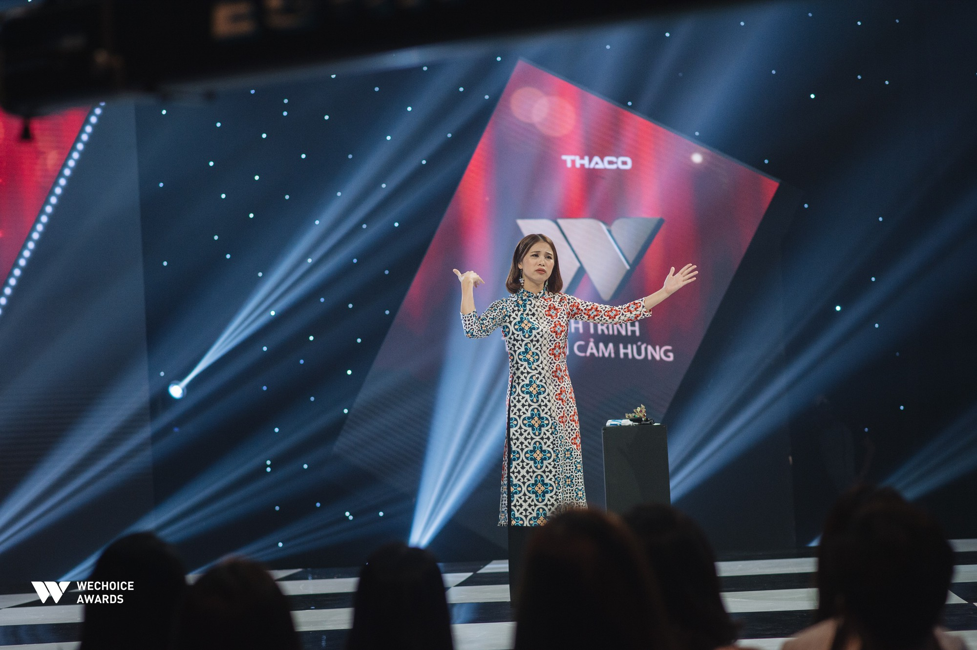 Hành trình truyền cảm hứng WeChoice Awards tháng 8: Phải đi thật nhiều, mơ thật lớn để tuổi trẻ không còn hối tiếc - Ảnh 5.