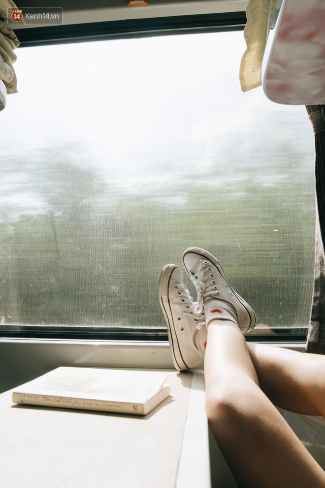 Hãy thử 1 lần đi du lịch bằng tàu hoả để tận hưởng cảm giác mùa hè lướt ngoài cửa sổ - Ảnh 11.