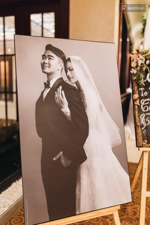 Không gian đám cưới sang trọng, tinh tế như một khu vườn cổ tích trong đám cưới của Tuyết Lan - Ảnh 2.