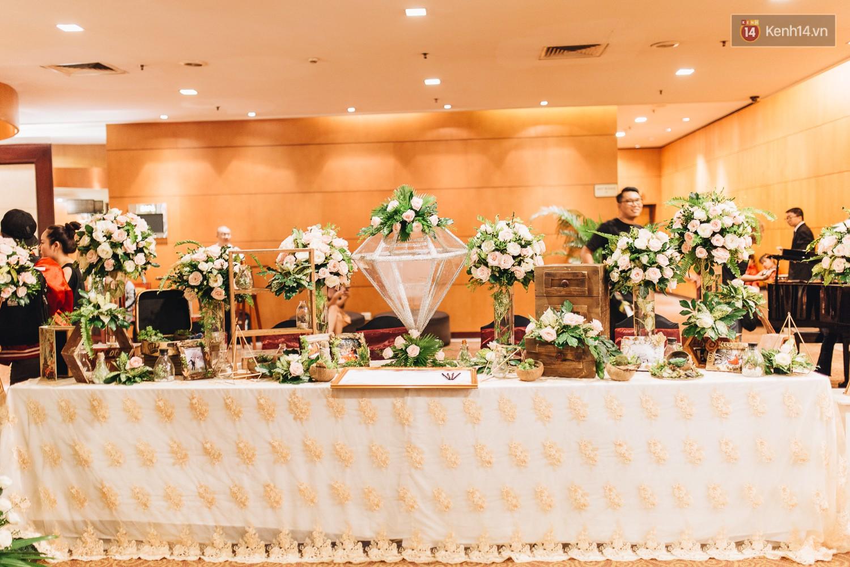 Không gian đám cưới sang trọng, tinh tế như một khu vườn cổ tích trong đám cưới của Tuyết Lan - Ảnh 6.