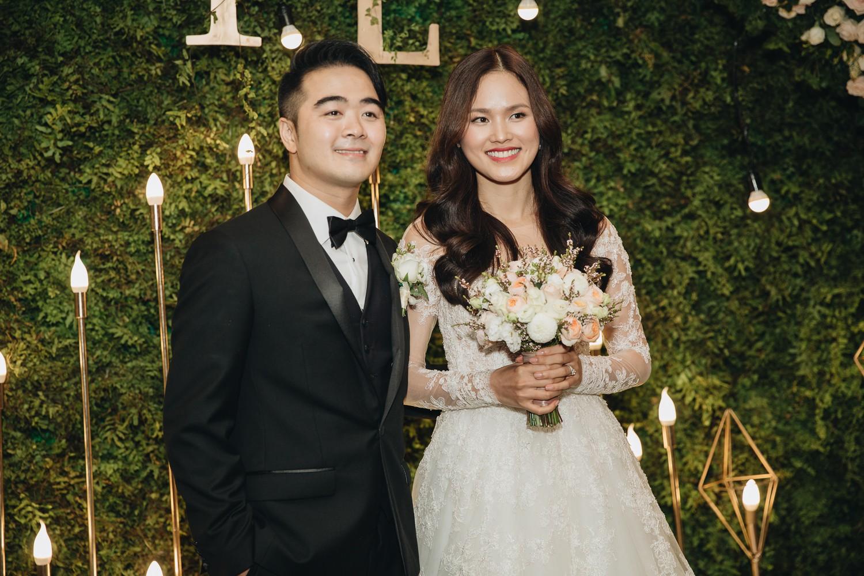 Không gian đám cưới sang trọng, tinh tế như một khu vườn cổ tích trong đám cưới của Tuyết Lan - Ảnh 21.