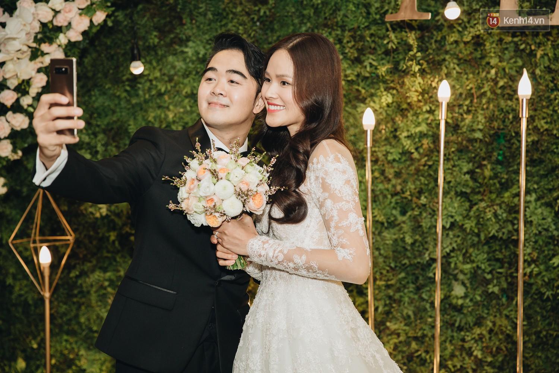 Không gian đám cưới sang trọng, tinh tế như một khu vườn cổ tích trong đám cưới của Tuyết Lan - Ảnh 20.