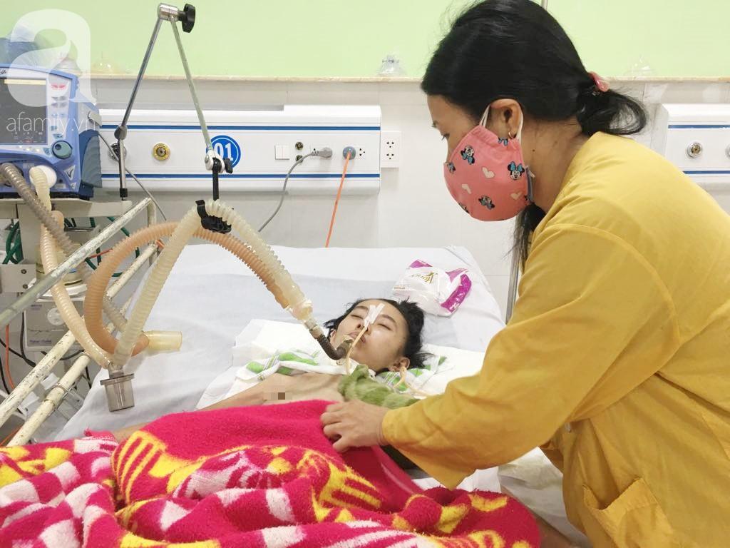 Người mẹ trẻ chỉ còn 20kg cố giành giật sự sống từng ngày để giữ con vừa sinh một bé gái nặng 1,9kg - Ảnh 3.