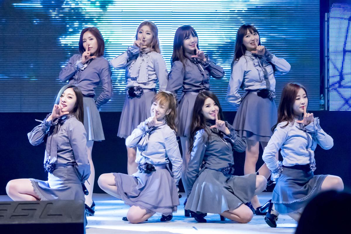 Khi stylist của Red Velvet bị ném đá không thương tiếc thì stylist của Lovelyz lại được khen hết lời vì tinh tế trong mọi hoàn cảnh - Ảnh 2.