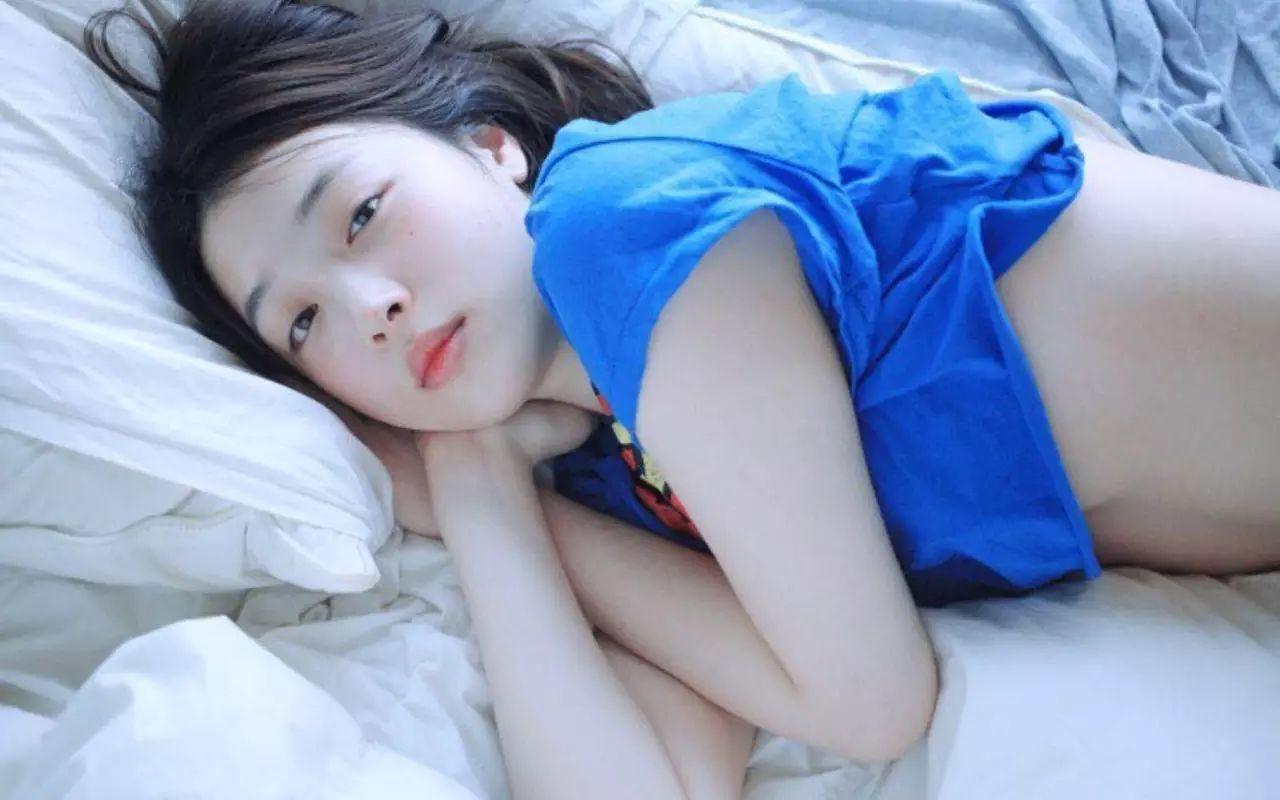 Sao Hàn dính nghi án cổ súy ấu dâm: Người chụp ảnh phản cảm, tình đầu và em gái quốc dân đều mất hình tượng - Ảnh 3.