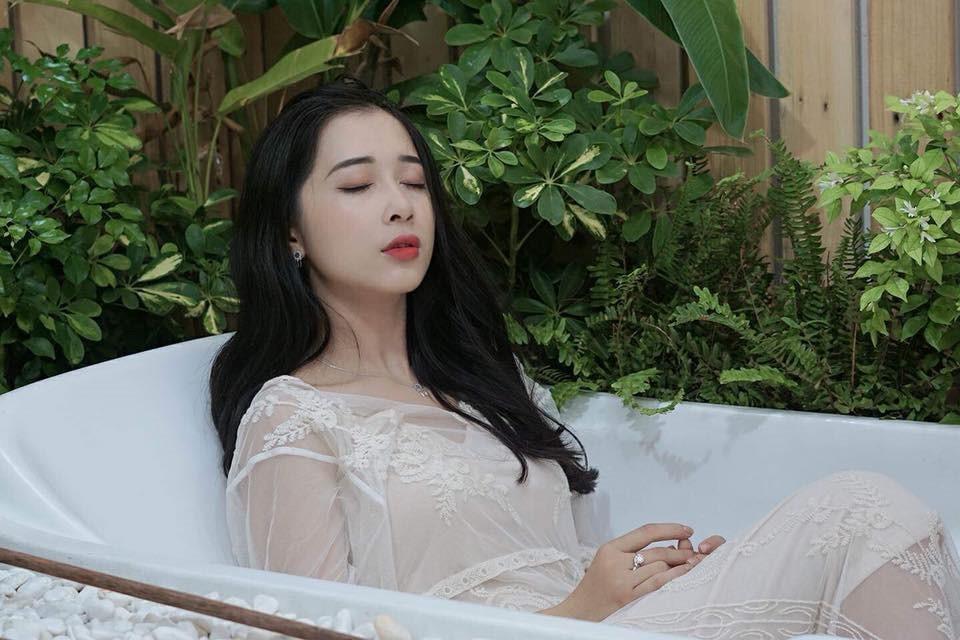 Em gái xinh đẹp như hotgirl của Nhã Phương bất ngờ lên xe hoa - Ảnh 8.