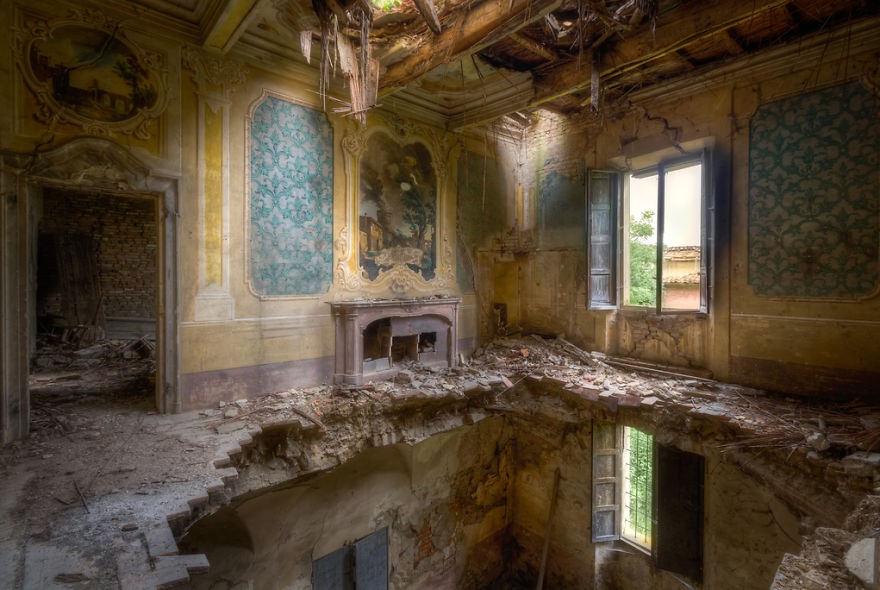 Cùng ngắm nhìn vẻ đẹp ma mị của 25 toà lâu đài và biệt thự bỏ hoang ở châu Âu - Ảnh 48.
