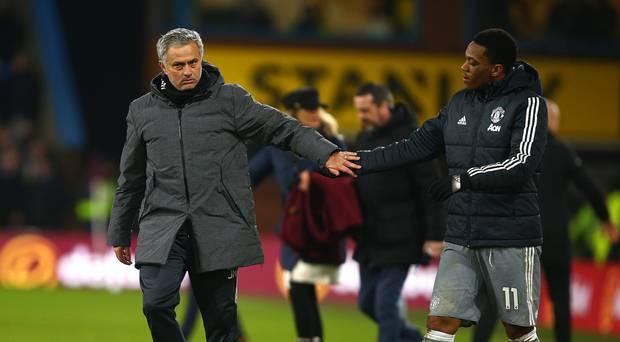 Anthony Martial: Con cưng của Van Gaal, con ghẻ của Mourinho - Ảnh 3.
