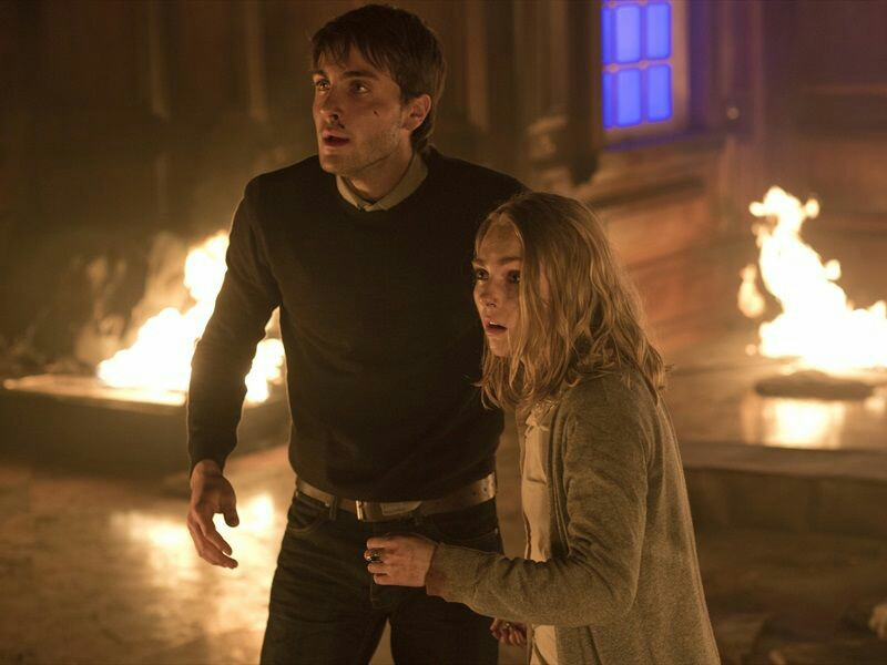 Down a Dark Hall của đạo diễn Rodrigo Cortés, có sự tham gia của Uma Thurman, Anna Sophia Robb, Kirsty Mitchell,…