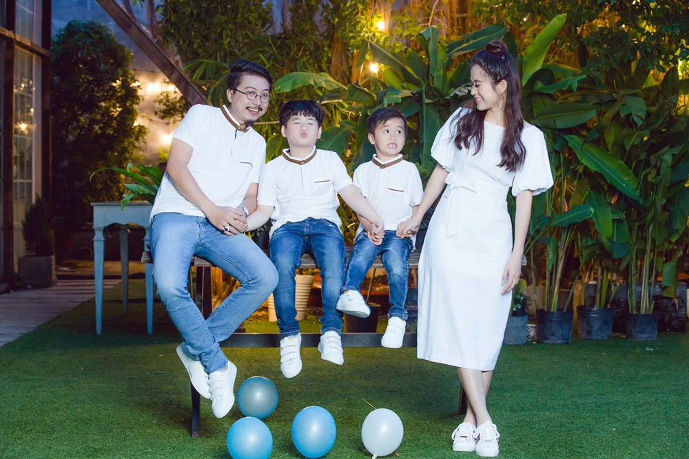 Vợ chồng Lâm Vỹ Dạ - Hứa Minh Đạt cưới lại từ đầu sau 8 năm chung sống hạnh phúc - Ảnh 10.
