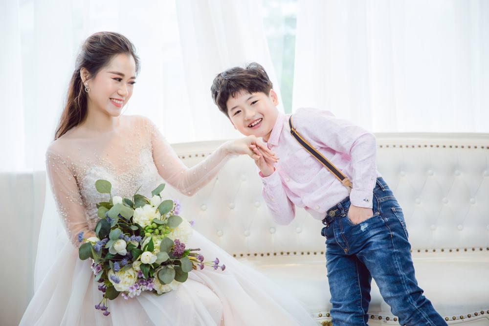 Vợ chồng Lâm Vỹ Dạ - Hứa Minh Đạt cưới lại từ đầu sau 8 năm chung sống hạnh phúc - Ảnh 6.
