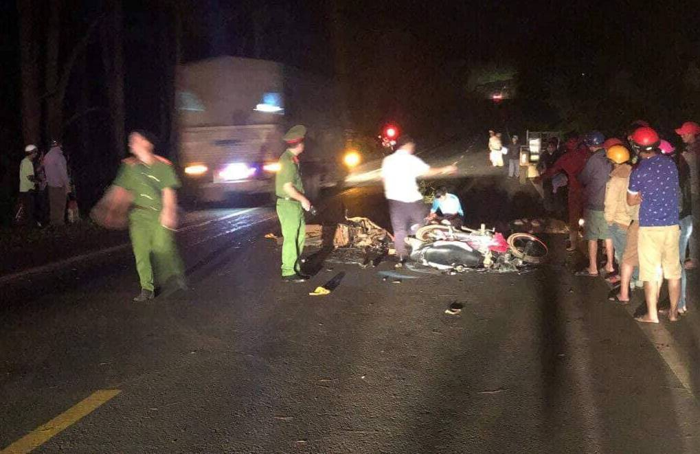 Two motorcycle confrontations at night, two young people 9x death, a critical person - Photo 1.