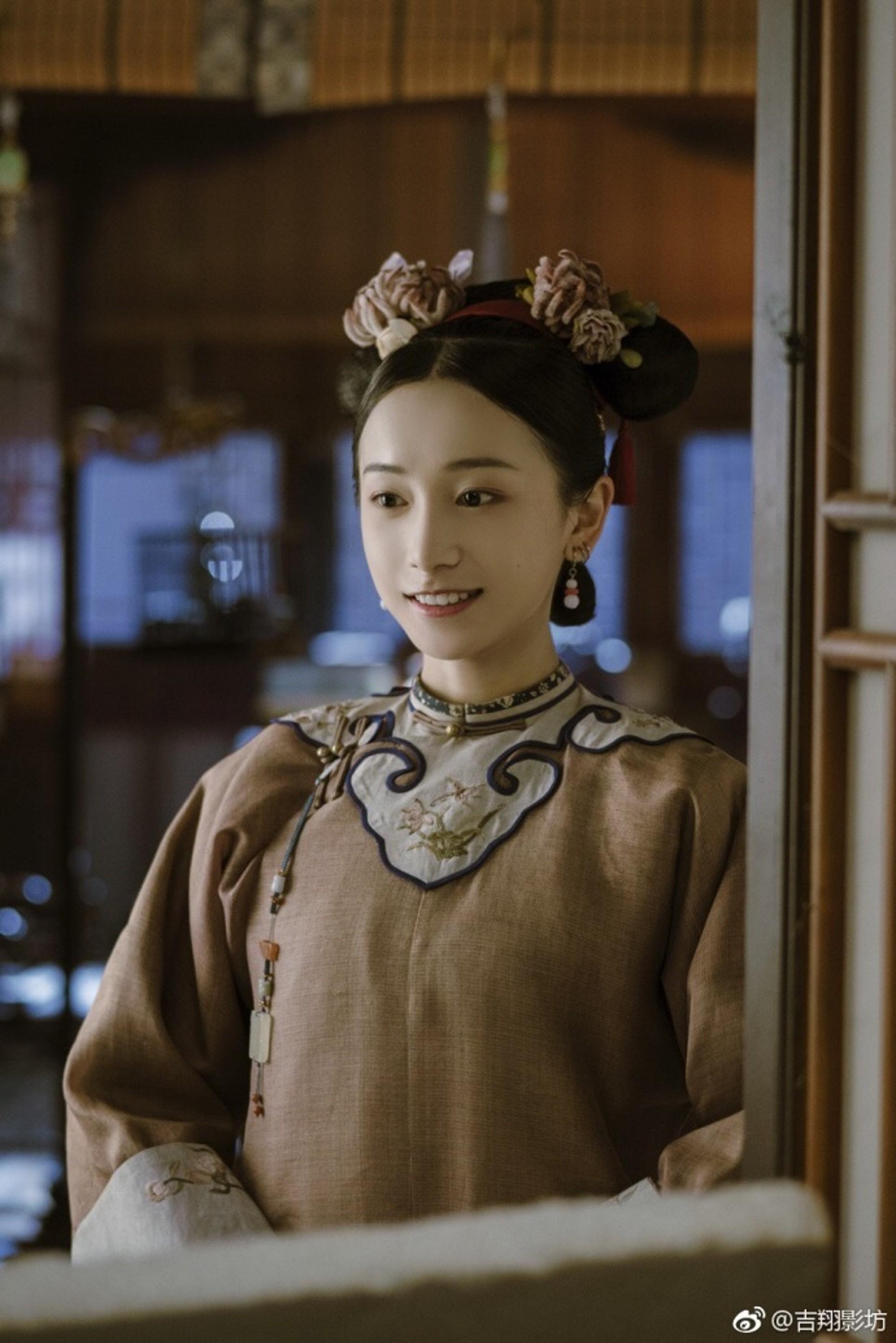 """Đáng yêu nhất """"Diên Hi Công Lược"""", Minh Ngọc ngoài đời sở hữu nét đẹp trong trẻo cùng style dễ thương hết phần người khác - Ảnh 1."""