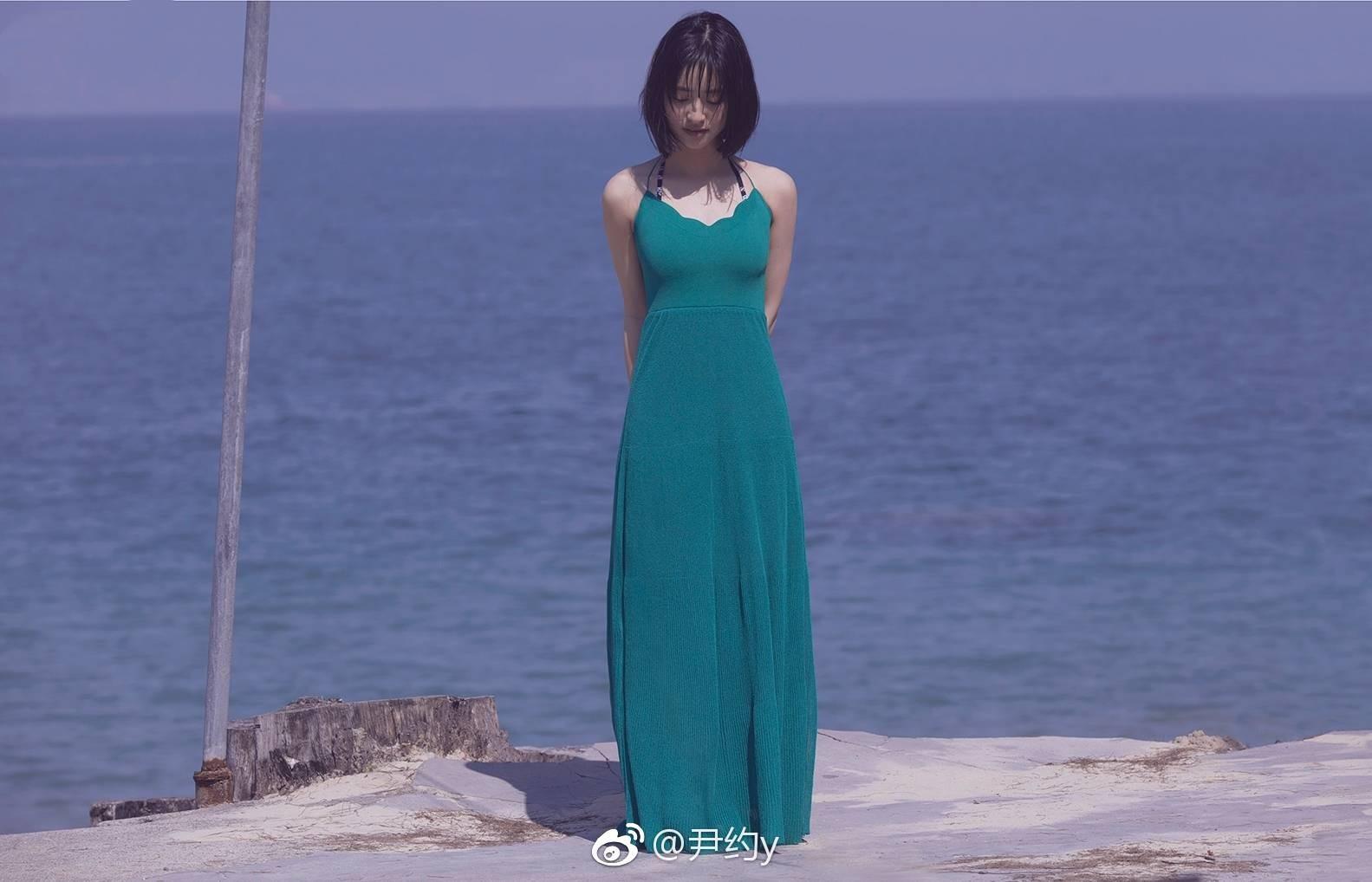 Sulli diện váy tươi tắn là vậy, nhìn sang Thẩm Nguyệt lại chỉ thấy bị dìm thảm thương - Ảnh 5.