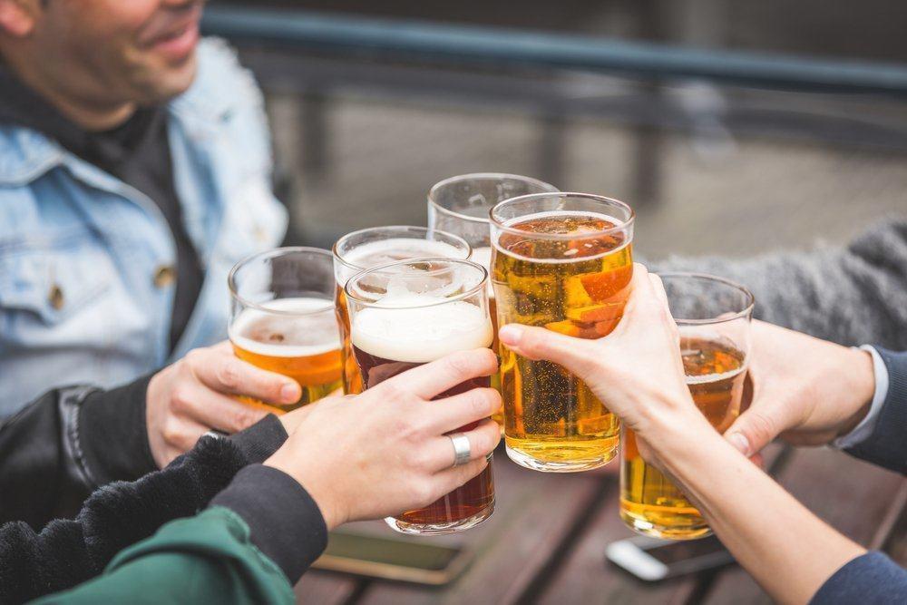 Hạn chế uốn rượu bia