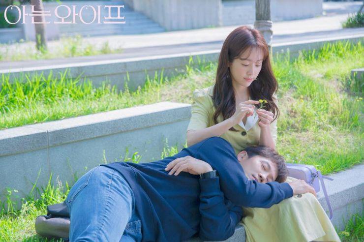 Phim của vợ chồng Ji Sung và Han Ji Min: Phải thay duyên đổi số, đánh mất rồi mới hiểu được người thương? - Ảnh 5.